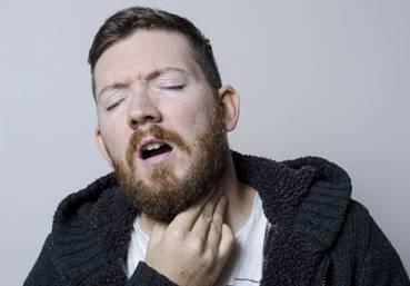 逆流性食道炎で痰がからむ時の対処法と予防法
