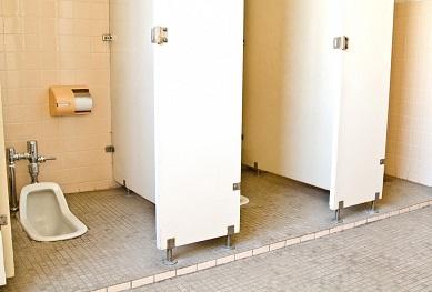 軟便でトイレ