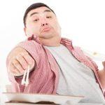 暴飲暴食で逆流性食道炎?つい食べ過ぎるクセを無くす3つのコツ